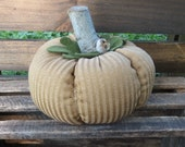 Primitive Golden Pumpkin Harvest Pumpkin
