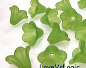 60 Acrylic Flower Beads. Matte Forest Green.
