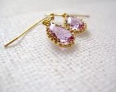 Raindrop glass pendant earrings - Sweet Jewel in Lilac