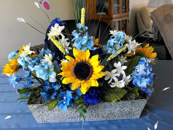 Sunflower rustic centerpiece