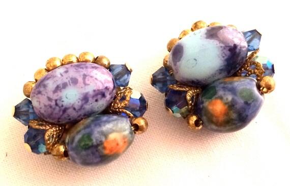Gorgeous BLUE Light Darker Green Yellow Design wow Venetian Glass Beads Clip on Earrings Golden 40S Authentic Vintage Jewelry talkingfashion