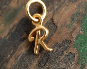 """Mini initial charm """"R"""""""