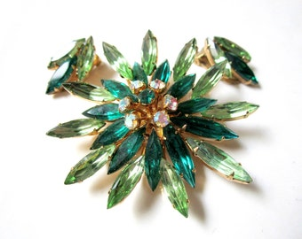 Vintage Green Rhinestone Brooch Earring Set Clip Earrings Large Layered Star Starburst Large Light Green Dark Green Pin Gift for Her