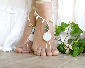 Beach wedding Barefoot sandles, Bohemian foot jewelry,  Barefoot sandal with shell beads, barefoot sandles, bare foot sandal