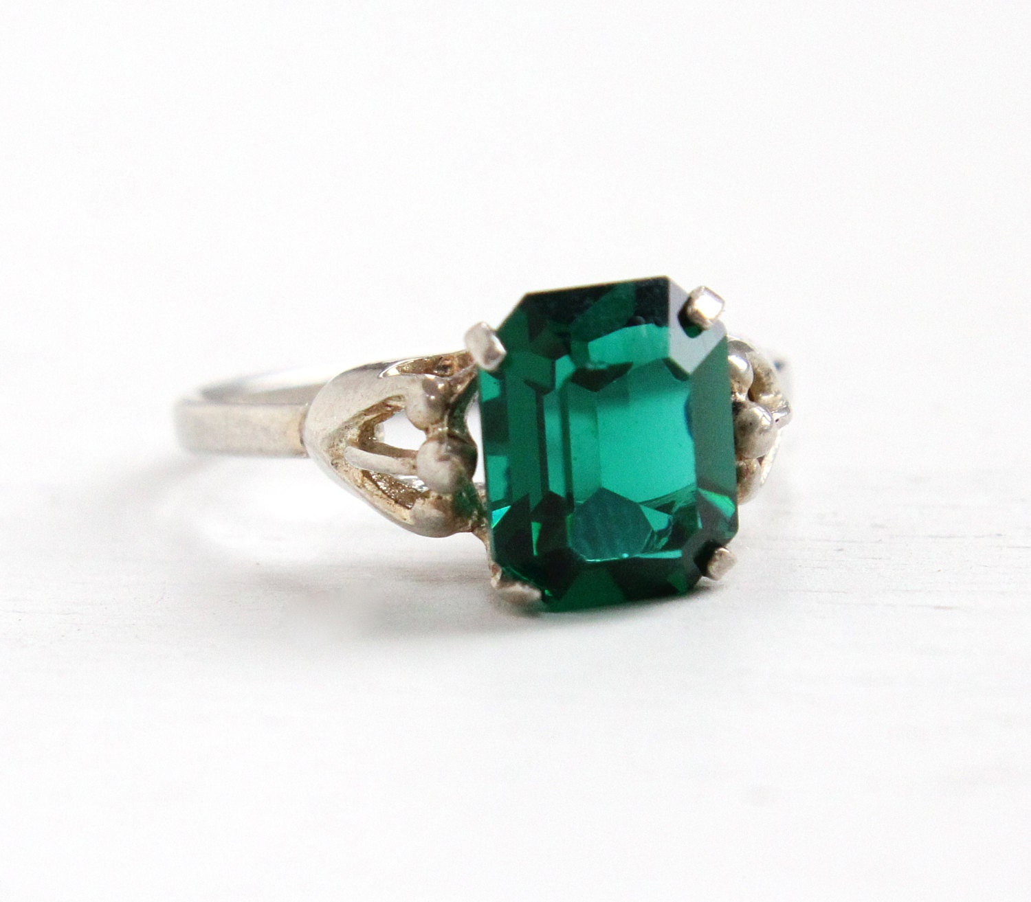 vintage sterling silver simulated emerald ring retro