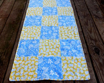 Reversible Daisy Table Runner, French Country Runner, Blue and Yellow Table Runner, Picnic Runner, Handmade in NJ