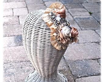 Sale Vintage Look Neutral Crystal Burlesque wedding Bride Dancer Costume Hairpiece Comb
