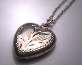 Antique Victorian Puffy Heart Necklace Sterling Silver