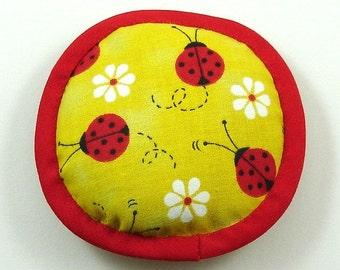 Ladybug Catnip Toys, Ladybug Cat Toys, Red and Yellow Cat Pillow, Bug Cat Toys, Ladybug Pillow, Daisy Pillow, Coccinelle LADYBUGS