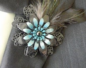 Metal Flower Boutonnieres Brooches Corsages Black Turquoise Peacock Flues Coque Tail Feathers