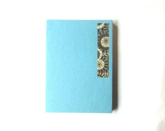 6x4 accordion photo album, journal - sky blue with silver gold umbrellas