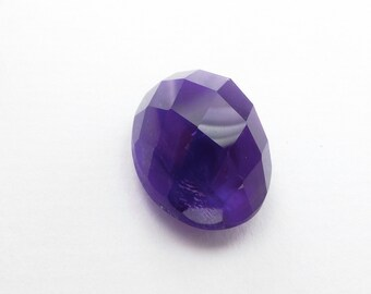 AMETHYST. Natural. African Grape Jelly Color. Checkerboard / Harlequin Cabochons. Oval. 1 pc. 15.10 cts. 13x18x10 mm (AM797har)