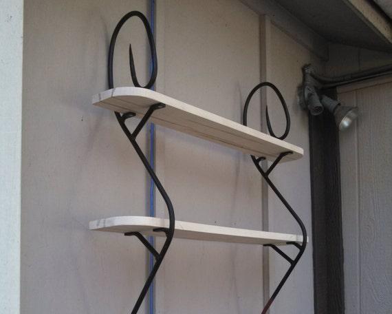 Weaving bookshelf