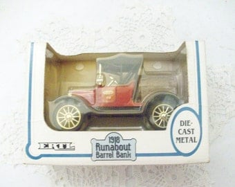 1918 Ertl Runabout Barrel Bank //
