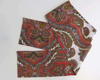 Vintage 60s Scarf Headscarf Headband Belt in Red Multicolor Print Pattern Oblong Rectangle