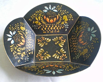 Toleware Bowl Gold Black Basket Folk Art Fruit Bowl Hand Painted Stencil 1930s