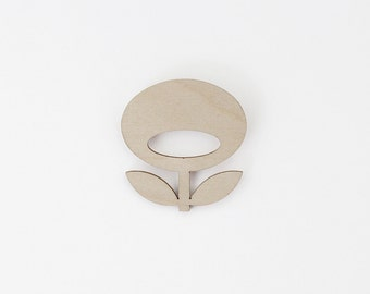 SNUG.FLOWER  brooch / light grey