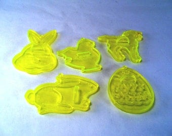Easter Cookie Cutters/ Ornaments Set of 5 AMSCAN Vintage 80s