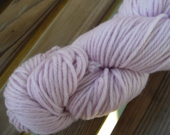 WORSTED Weight Yarn - Merino Superwash - 100g / 230 yards -  Kraemer Summit Hill - Whisper