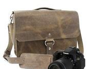 "14"" Distressed Tan Newport Midtown Leather Camera Bag -"