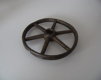 Free shipping  Antique/Vintage Wheel