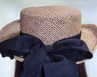 vintage straw hat 70s 80s black ribbon