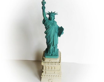 LADY LIBERTY Licensed, Scaled Replica of the Statue of Liberty