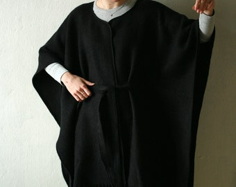 Real wool black cape, outerwear