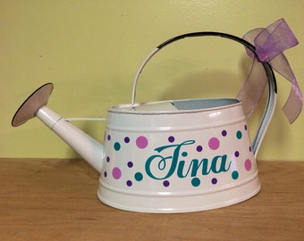 Personalized metal Watering Can, white can with name and polka dots, Gardening, Grandma, Mother's Day gift, table centerpiece