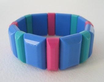 Vintage 1986 Signed Avon Color Schemes Blue Pink Green Geometric Plastic Beaded Stretch Elastic Mod Retro Bracelet