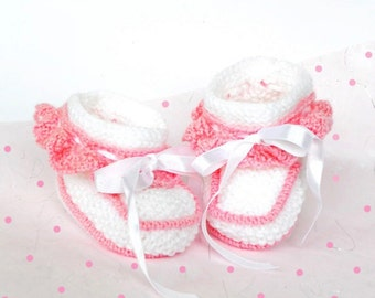 Discount 30% - Hand knitted baby booties, knit baby booties,  white baby booties, baby shoes, christening shoes, girl booties, READY TO SHIP