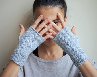 Grey Fingerless Gloves, Wrist Warmers, Arm warmers, fingerless Mittens, textured, charcoal, cable braid