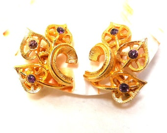 Vintage Lavender Rhinestone Earrings Gold Clips floral Bride Fashion Party February Birthstone