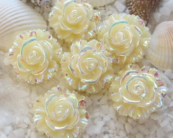 Resin Stunning AB Flower Cabochon - 20 mm - 12 pcs - Ivory
