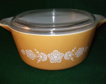 """Vintage Pyrex Covered Casserole #475-B  """"Butterfly Gold 1"""""""