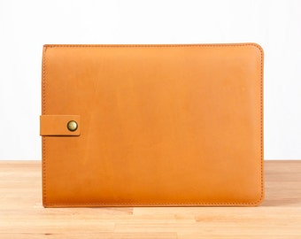 """13"""" MacBook Pro Leather Sleeve Case with Strap in Chestnut"""