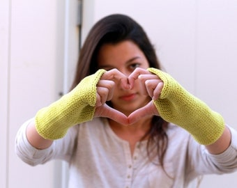 Hand Knit  Green Gloves Mittens, Knitted Arm Warmers, Knits for Women