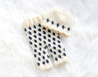 Snowflake Pants and Beanie Set Crochet Pattern - All Sizes Newborn through 6-12 Months Included
