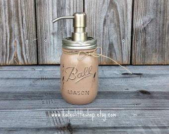 Maosn Jar Soap Dispenser. Painted Mason Jar. Mason Jars. Rustic Home Decor. Farm House Decor. Soap Dispenser. Soap. Bathroom and Kitchen
