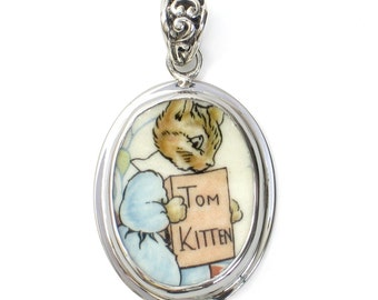 Broken China Jewelry Beatrix Potter Tom Kitten Cat Small Oval Sterling Pendant