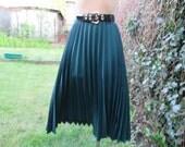 Pleated Skirt / Skirt Vintage / Pleated Skirts / Green Pleated Skirt / Emerald / EUR 46 / 48 X UK18 / 20 / Big / Large