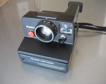 Wow-Very Cool Polaroid Pronto Instant Camera - Check out all of our Polaroid Cameras