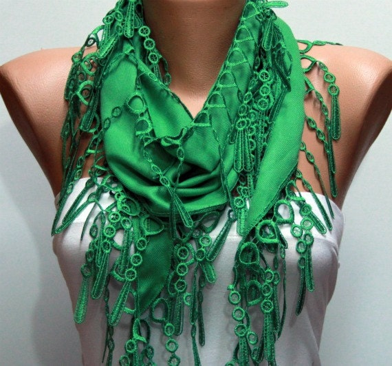 ON SALE - Pigment Green Scarf   Pashmina Scarf  -  Cowl Scarf with Lace Edge - fatwoman