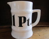 Vintage 1 Pint Measuring Cup Bold Retro Black and White Cool Culinary Kitchen