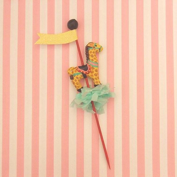 Single Giraffe Cupcake Topper