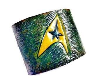 Star Trek - Star Trek Cuff - Star Trek Bracelet - Star Trek Gift - star trek tos - star trek insignia - geek boyfriend - geek girl -geek dad