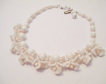 Vintage White and pale Pink Glass Necklace Choker