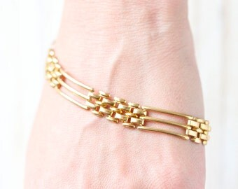 Vintage Gate Bracelet - Golden toned