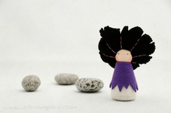Felt pocket doll, Organic toy, Imaginative play, Creative playthings, Waldorf toy, Felt fairy-  Lupa