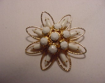 Vintage White Glass Brooch    407